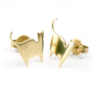 gold cat stud earrings