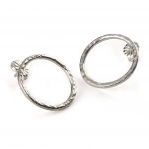 silver_hammered_earrings