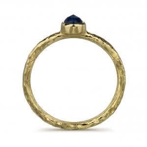 hammered_gold_ring_black_sapphire