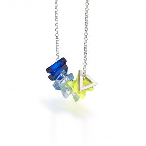 perspex_triangle_necklace_sq_fbl